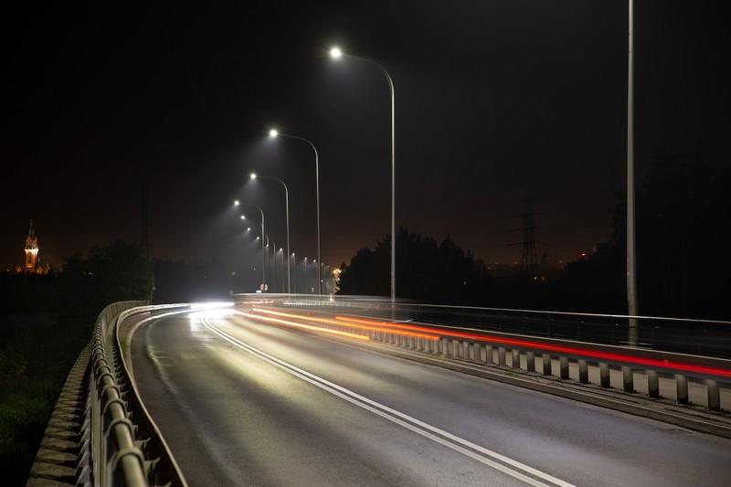 Lightingpl Wielkopolska Stawia Na Inteligentne Oświetlenie